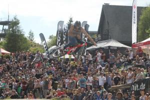 Tausende Zuschauer beim iXS Dirt Masters